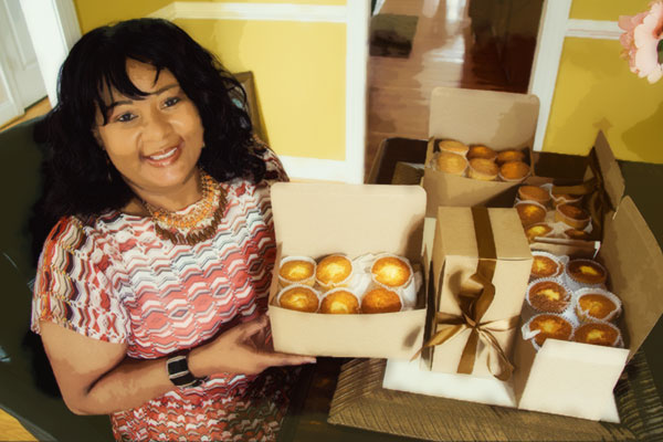 fran-with-cupcakes