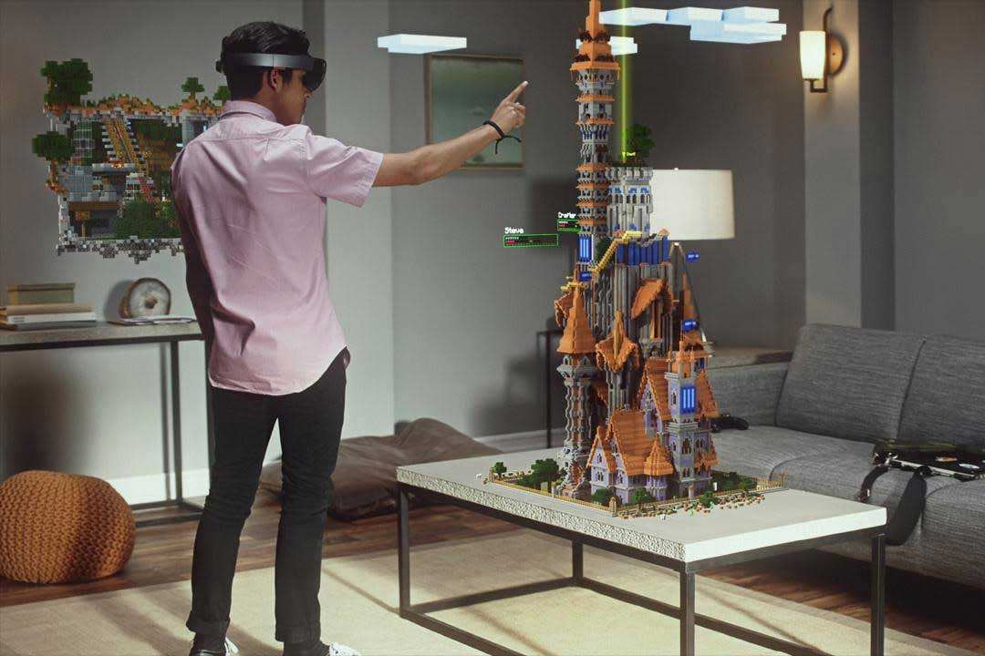 Microsoft Hololens - The leader in Augmented Relaity Technology